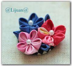 Kanzashi flower brooch handmade fabric flower