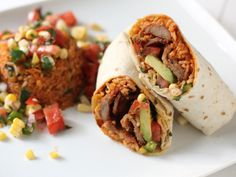 Spicy Pork Bulgogi Burrito | Korean Food Gallery – Discover Korean Food Recipes and Inspiring Food Photos