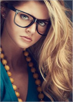 senior picture ideas for girls   Fashion Ideas For Senior Pictures - Studio K Indianapolis Indiana