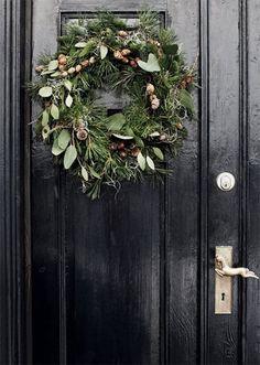 perfect door wreath//