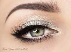 58 Trendy Hochzeit Make-up Silber Schwarz Eyeliner - Prom Makeup For Brown Eyes Makeup For Silver Dress, Prom Makeup For Brown Eyes, Prom Eye Makeup, Silver Eye Makeup, Prom Makeup Looks, White Makeup, Homecoming Makeup, Skin Makeup, Wedding Makeup