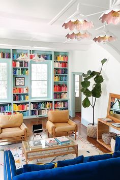 Colourful Living Room, Living Room Colors, Home Living Room, Living Room Designs, Living Spaces, Colorful Rooms, Colorful Interiors, Colorful Interior Design, Colorful Decor