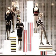 """ZARA,Rome,Italy, """"Don't be afraid of vertical&horizontal stripes. They're always going to be a big fashion statement"""", photo by Christian Raffaelli, pinned by Ton van der Veer"""