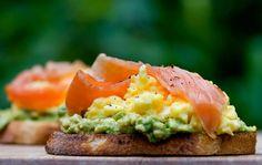 avo, scrambled egg & smoked salmon *drool*