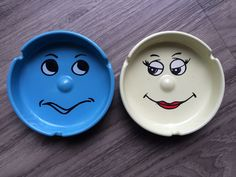 Lot Of Two Ashtrays Funny Face Emoticon 3D Protruding Nose Blue Yellow Green | eBay