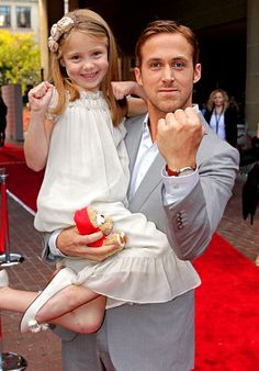 Reason #24782378 why Ryan Gosling is amazing. (omg this is just too cute)