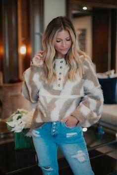 Posts from ashleeknichols | LIKEtoKNOW.it Spring Fashion, Autumn Fashion, Lifestyle Photography, Personal Style, Fur Coat, Stylish, Jackets, Outfits, Fashion Spring