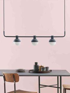 Frandsen Fabian Horizontal  Aller guten Dinge sind drei — deshalb wollen wir euch heute im DesignOrt Blog dreiflammige Designerleuchten vorstellen. #Leuchte