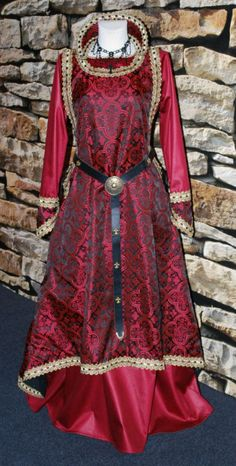 Beautiful medieval over dress/surcoat over satin cotte