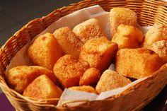 Banane Mamdazi | Retete culinare - Romanesti si din Bucataria internationala Food Categories, Hummus, Food Porn, Goodies, Ethnic Recipes, Banana, Sweet Like Candy, Treats, Sweets