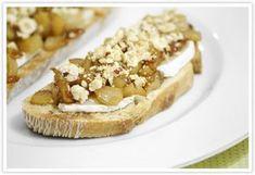 Cocinerando   Recetas de Cocina con Fotos: Tosta de Pera Caramelizada con Queso de Cabra y Avellanas