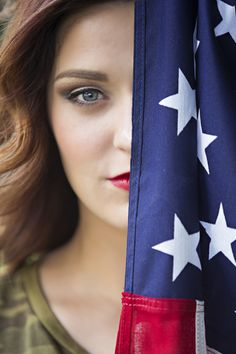 The True Meaning of American Flag Photography - Creative Maxx Ideas American Flag Photography, 4th Of July Photography, Senior Photography, Portrait Photography, Photography Ideas, Artistic Photography, Flag Photoshoot, Ideas Para Photoshoot, Photoshoot Inspiration