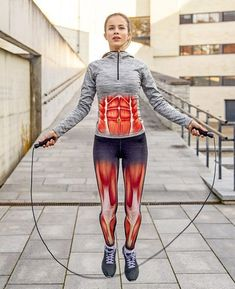 6 Exercices qui transformeront ton corps en 30 jours 6 Exercises that will transform your body in 30 days Sport Fitness, Fitness Tracker, Health Fitness, Fitness Memes, Fitness Logo, Squats Fitness, Fitness Diet, Funny Fitness, Fitness Gear