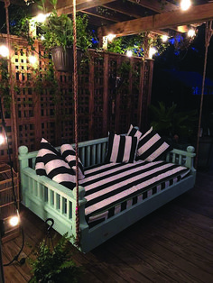 """Backyard Ideas Discover Twin size New Orleans Step Down """" Ridgidbuilt custom daybed swing Feel free to text or call with questions Backyard Seating, Backyard Patio Designs, Cozy Backyard, Backyard Hammock, Hot Tub Backyard, Pergola Designs, Diy Porch, House With Porch, Porch Decorating"""