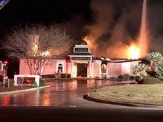 After Devastating Fire Destroys Mosque Muslim Leader Stunned To See Jewish Neighbors Knock On Doo