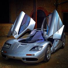 McLaren F1   she whom was once the fastest girl of all time