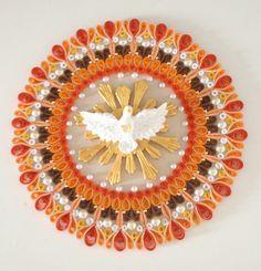 Mandala em quilling com a Pomba da Paz