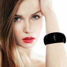 MyKronoz ZeBracelet Bluetooth Smartwatch in Schwarz