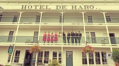 Wedding Party Group Shot | Roche Harbor | San Juan Island | TAustin Photography