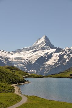 Grosse Scheidegg, Switzerland #travel