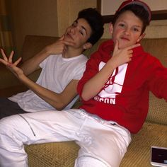 « Kickin it with the homie @jacobsartorius »