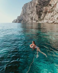 Fun in the sun What To Do Before You Travel Before I go on a brand new trip, whatever the reason, stress does not fall out of my way. Beach Aesthetic, Travel Aesthetic, Beautiful Places To Travel, Romantic Travel, Beautiful Beaches, Summer Photos, Travel Goals, Travel Tips, Travel Ideas