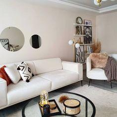Home Living Room, Living Room Designs, Living Room Decor, White Room Decor, New Home Gifts, Home Signs, Ideal Home, Decoration, Furniture Design
