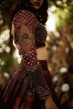 Lehenga Designs Simple, Wedding Lehenga Designs, Pattu Saree Blouse Designs, Bridal Blouse Designs, Dress Indian Style, Indian Fashion Dresses, Stylish Blouse Design, Fashion Boutique, Designer Dresses