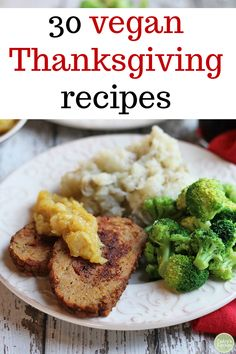 30 vegan Thanksgiving recipes & resources 30 vegan Thanksgiving recipes & resources to get you through the holidays. Mouthwatering appetizers, side dishes, and plant-based entrées. Plus, tips on how to navigate the social aspects of a vegan holiday! Vegetarian Appetizers, Appetizer Recipes, Crab Recipes, Snack Recipes, Vegan Recipes Easy, Vegetarian Recipes, Vegan Blogs, Vegan Crab, Vegan Green Bean Casserole