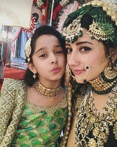 Nice Shadi Dresses, 15 Dresses, Trendy Dresses, Cotton Dresses, Girls Dresses, Pakistani Bridal Makeup, Bridal Lehenga, Indian Bridal, Bridal Mehndi