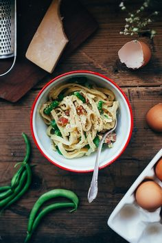 Looking good, fettuccine carbonara. We like what you're doing with those green beans.