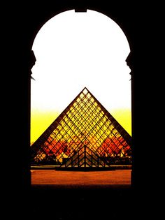 Morning light, Louvre courtyard, Paris