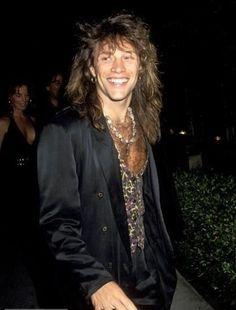 Jon Bon Jovi gorgeous gif. @loopyloujovi   Tumblr   bon jovi#1 ...