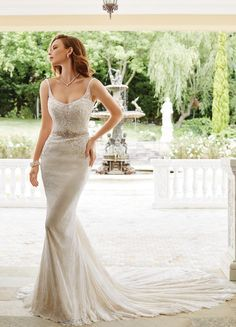 Sophia Tolli Spring 2017 | https://www.theknot.com/content/sophia-tolli-wedding-dresses-bridal-fashion-week-spring-2017