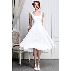 Woman's Round Solid Color Knee Dress - USD $ 49.79