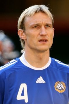 Sami Hyypiä. a former Liverpool star and captain, Finland NT player, nowadays the head coach of the Bundesliga club Bayer 04 Leverkusen.