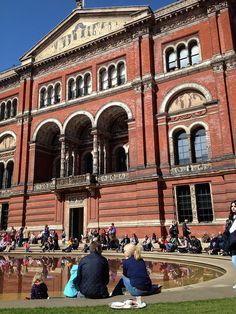 Victoria and Albert Museum, London by Simon Lexton, via Flickr