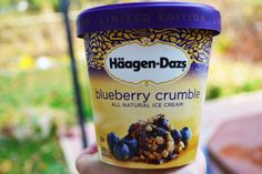 Haagen- Dasz blueberry crumble ice cream - I don't know ghis flavour, need to try it!