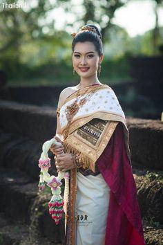 Thai wedding dress: The national costume of Thailand | THAILAND 🇹🇭 Thai Traditional Dress, Traditional Wedding Dresses, Thailand National Costume, Thai Wedding Dress, Beautiful Asian Girls, Sari, Costumes, Fashion, Guys