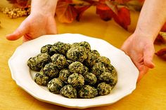 Spinach Balls --My aunt found this in the newspaper a few Thanksgivings back. They are AMAZingLy good.