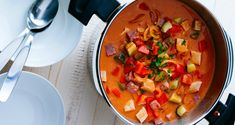 Πόση ώρα χρειάζεται κάθε φαγητό για να μαγειρευτεί σωστά στην χύτρα ταχύτητας: ΧΥΤΡΑ ΤΑΧΥΤΗΤΑΣ Πόσος χρόνος αναλογεί σε κάθε τροφή Thai Red Curry, Sweet Recipes, Salsa, Ethnic Recipes, Food, Fashion, Moda, Fashion Styles, Essen