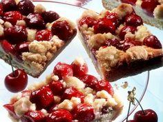 Kirschkuchen vom Blech ist ein Rezept mit frischen Zutaten aus der Kategorie Kirschkuchen. Probieren Sie dieses und weitere Rezepte von EAT SMARTER!