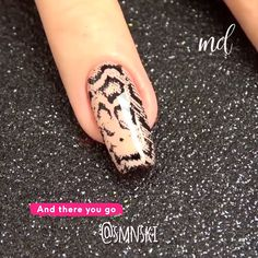Such pretty nail designs that you should definitely try out. Nail Art Designs Videos, Nail Art Videos, Nail Spa, Manicure And Pedicure, Finger, Pretty Nail Designs, Luxury Nails, Pretty Tattoos, Easy Nail Art