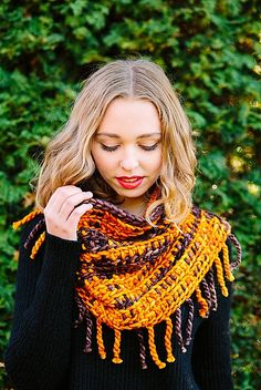 Ravelry: Plaid Cowl pattern by The Firefly Hook
