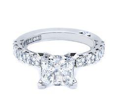 Tacori #323PR75 Asscher-cut diamonds with princess cut center