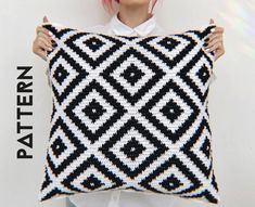 Scandinavian Crochet Pillow Cover Easy Pattern For Beginners, Crochet Cushion Pillowcase Tutorial DIY Step By Step PDF PDF Pattern is set out in two parts and 10 pages). This easy pattern is suitable for beginners and include text, pho. Crochet Pillow Pattern, Crochet Cushions, Tapestry Crochet, Crochet Patterns, Crochet Blocks, Crochet Pillow Covers, Afghan Patterns, Change Colors In Crochet, Modern Cushions
