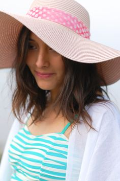 maternity swimsuit, blush floppy hat, fringe kimono tutorial via brendabirddesigns.com + @limericki swimsuit giveaway