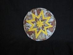 This is not an original pattern. It's old. Older than me, and that's saying something. I don't know how old it is, but it's been around forever and has been sold at craft fairs and online. I assume...