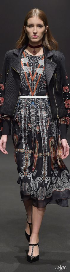 Fall 2015 Ready-to-Wear Piccione. Fall Winter 2015, Elegant Dresses, Catwalk, Lace Skirt, Paisley, Ready To Wear, Vogue, Couture, Stylish