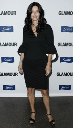aAfkjfp01fo1i-29178/loc1012/23087_Courteney_Cox_arrives_at_Glamour_Reel_Moments-004_122_1012lo.JPG